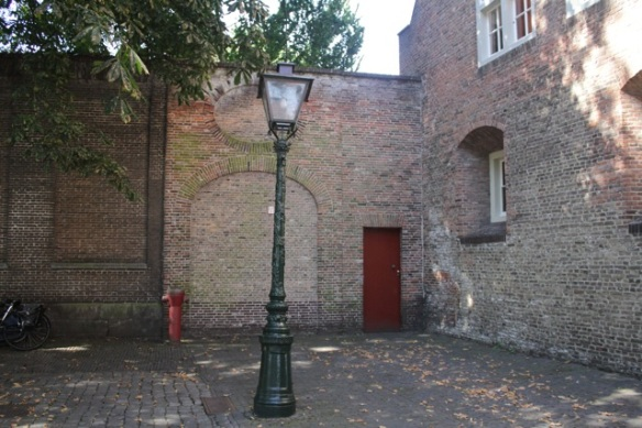 Gravensteen, Leiden, old outer wall, 9 September 2012