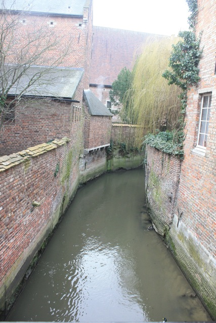 Dijle river view from bridge, Leuven, 7 March 2013