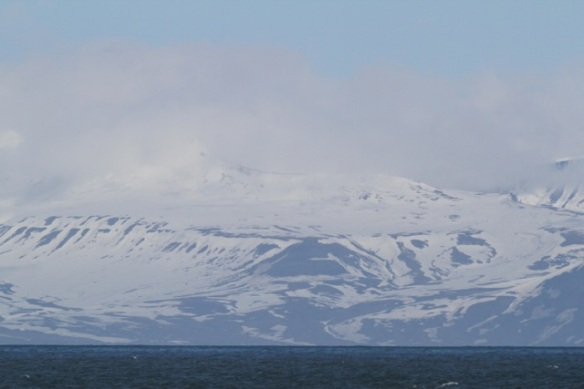 Isfjorden mountains, Svalbard, 6 June 2013