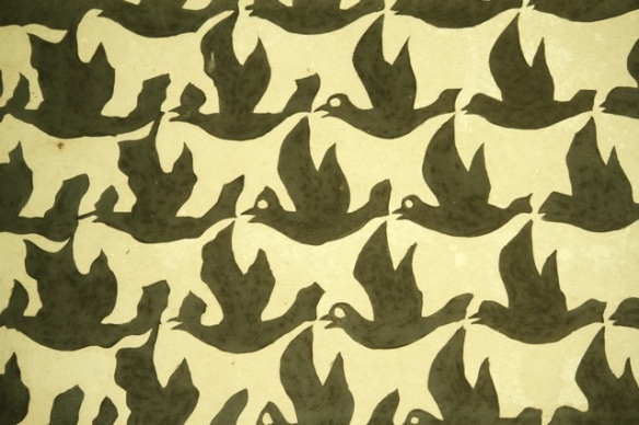 Escher, Metamorphosis III birds and mammals, 30 March 2014