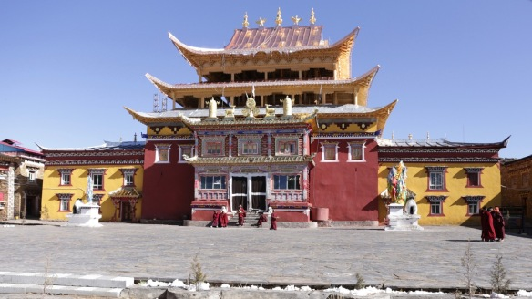 Pamuling Tibetan Buddhist monastery inner court, 3 April 2018